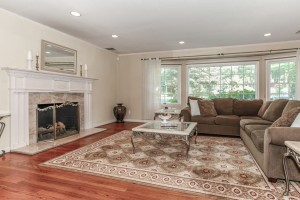 006-Living_Room-1112589-mls