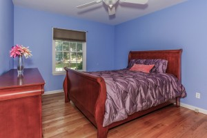 018-Bedroom-1112586-mls