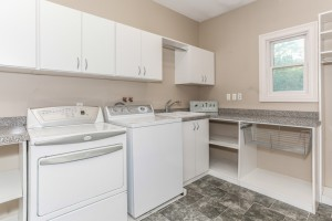 024-Laundry_Room-1112614-mls