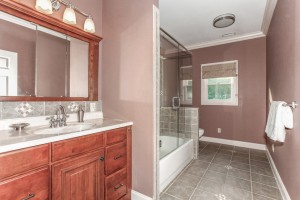 033-Bathroom-1112611-mls